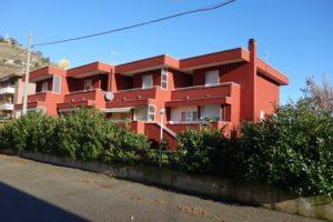 017 – Casa/Villetta a schiera in vendita a Santo Stefano Belbo