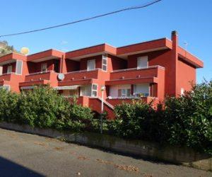 (Italiano) 017 – Casa/Villetta a schiera in vendita a Santo Stefano Belbo