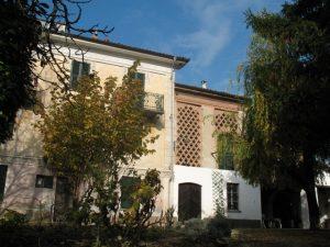 016 – Rustico/Casale in vendita a Calamandrana