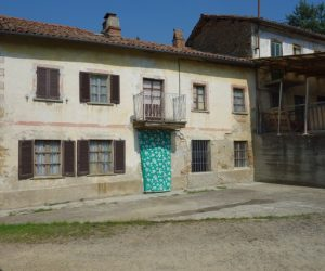 034 – Country house on sale in Cassinasco