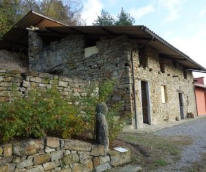 037 – Country house on sale in Cortemilia