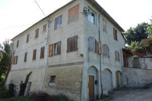 010- Rocchetta Belbo – Rustico/Casale in vendita