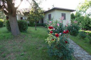 054 – Villa in vendita a Castagnole Lanze