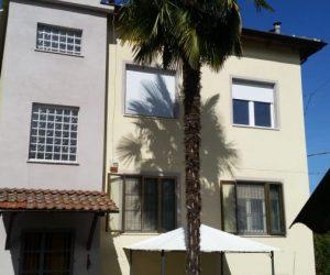 (Italiano) 012-Casa Bi/trifamiliare in vendita a Canelli