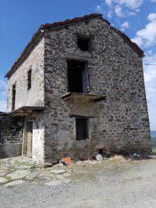048 – Rustico in vendita a San Giorgio Scarampi
