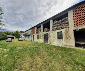 091 – Farmhouse on sale in Roccaverano